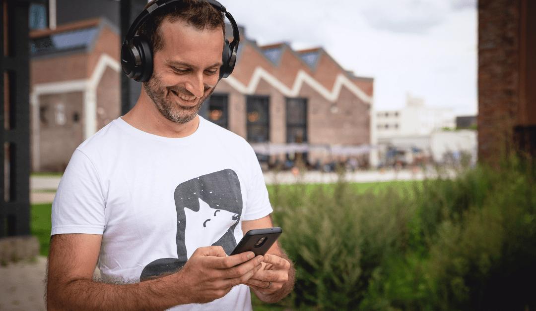 Welke Nederlandstalige podcasts zijn de moeite?